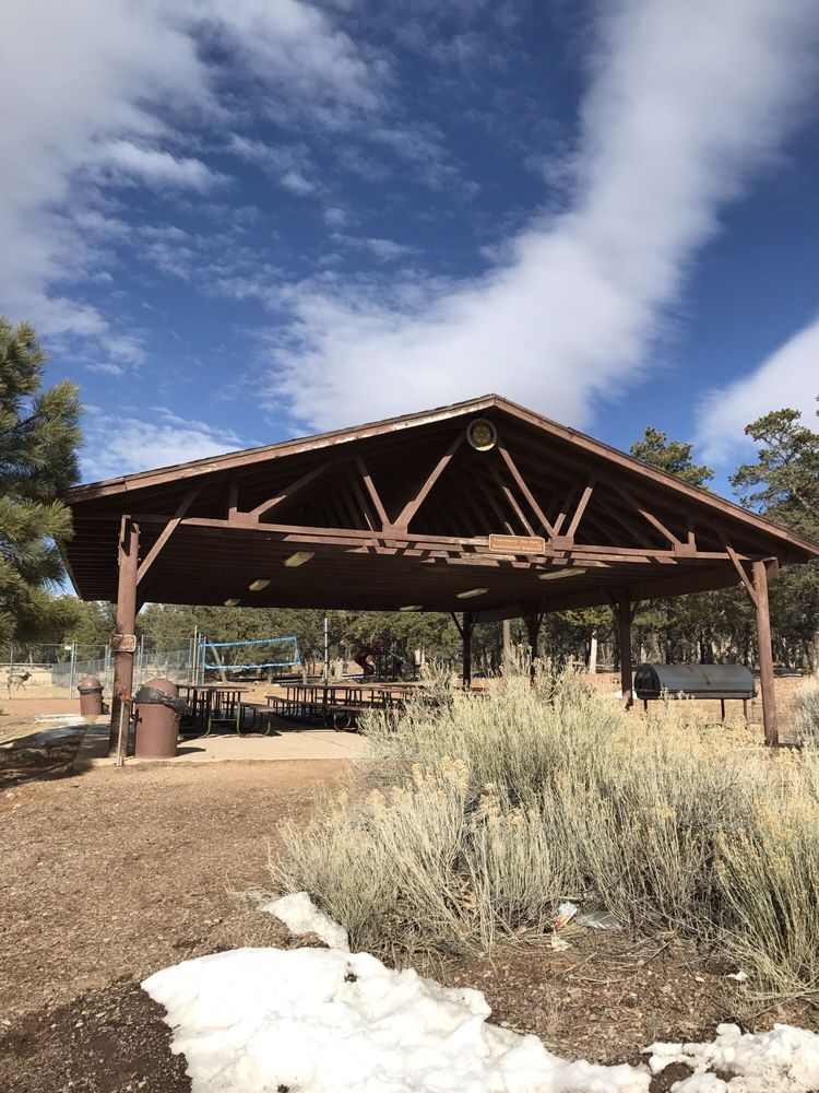 Grand Canyon Recreation Center: 2 Mohave St, Grand Canyon, AZ