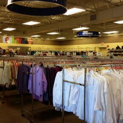 Goodwill thrift stores 6607 south blvd starmount for Starmount motors south blvd