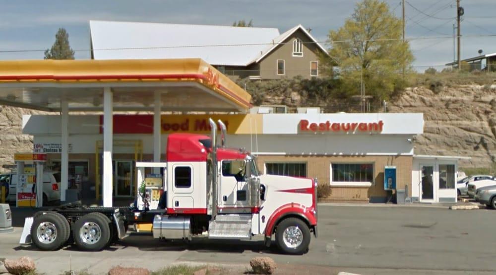 Madras Truck Stop: 709 NE Hwy 26, Madras, OR