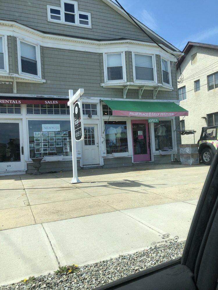 Palm Place: 520 Main Ave, Bay Head, NJ
