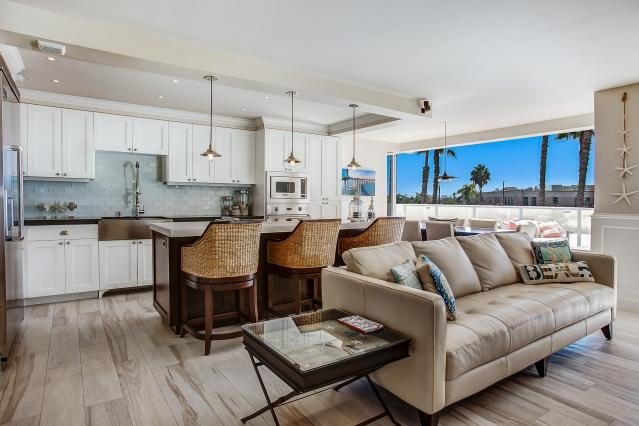 Richard Berland - Hunter & Maddox Real Estate: 415 West G St, San Diego, CA