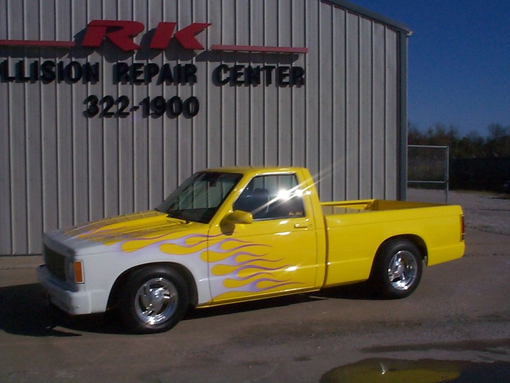 RK Collision Repair Center: 20203 South State Rte D, Belton, MO