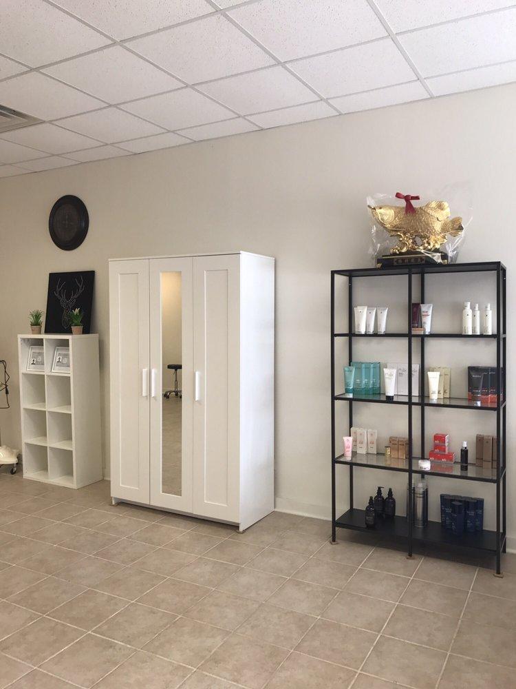 Ace Hair Salon: 704 W Buffalo St, Ithaca, NY