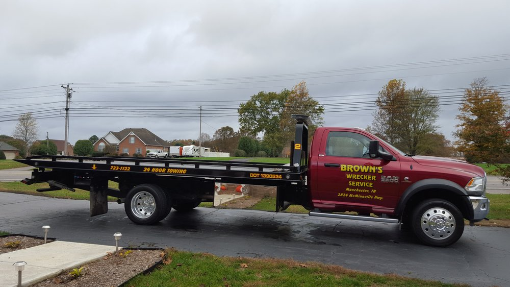 Brown's Wrecker Service: 2824 McMinnville Hwy, Manchester, TN