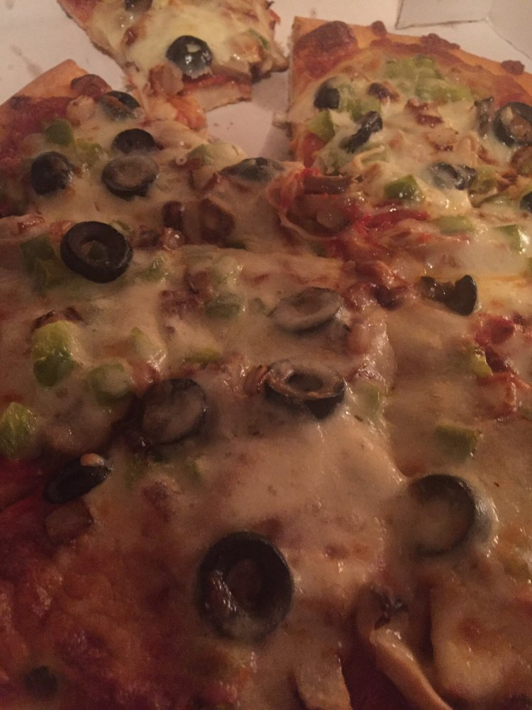Maria's Pizza: 514 Green Park Ave, Colona, IL