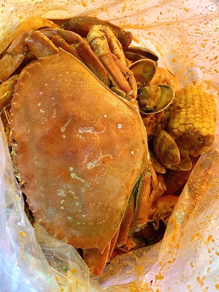 The Kickin' Crab: 9616 Olive Blvd, St Louis, MO