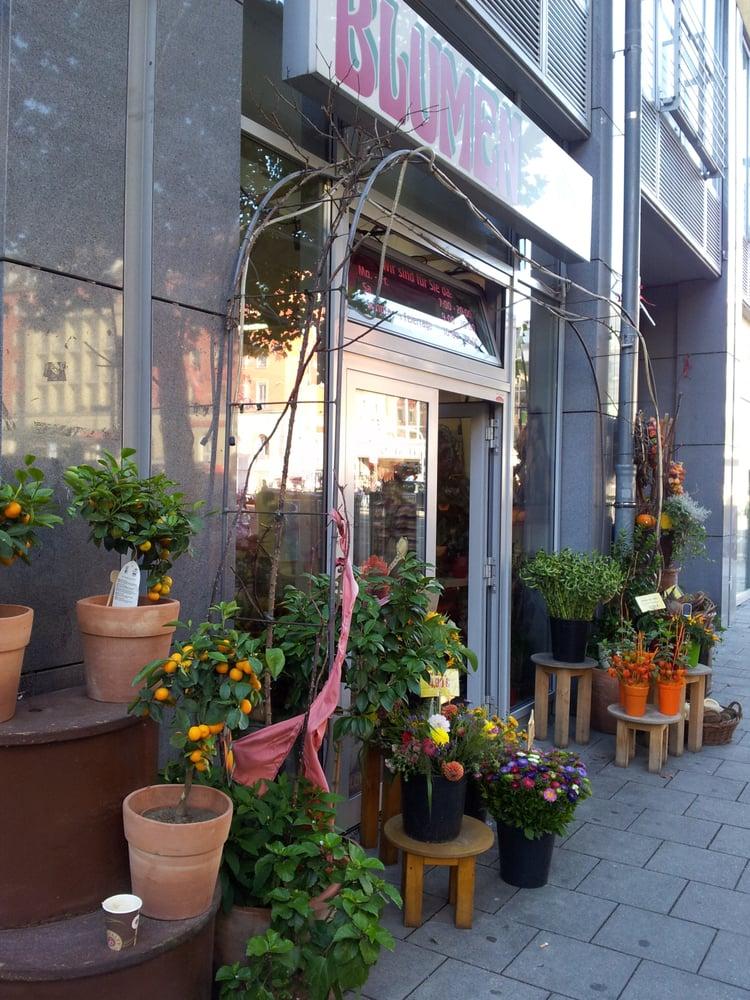 blumen deluxe e k blumenladen florist goethestr 2 ludwigsvorstadt m nchen bayern. Black Bedroom Furniture Sets. Home Design Ideas