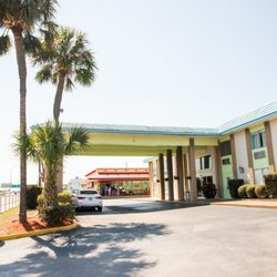 Photo Of Magnuson Hotel Clearwater Central Fl United States