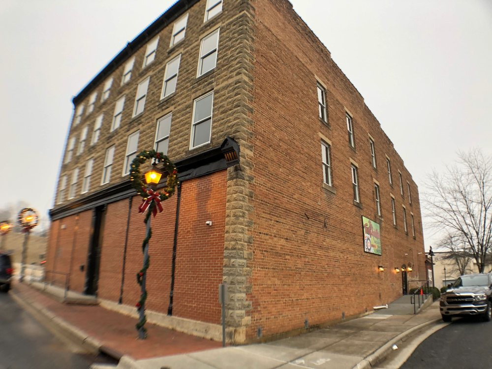 The Feisty GoldFish: 45 Depot St, Marion, NC
