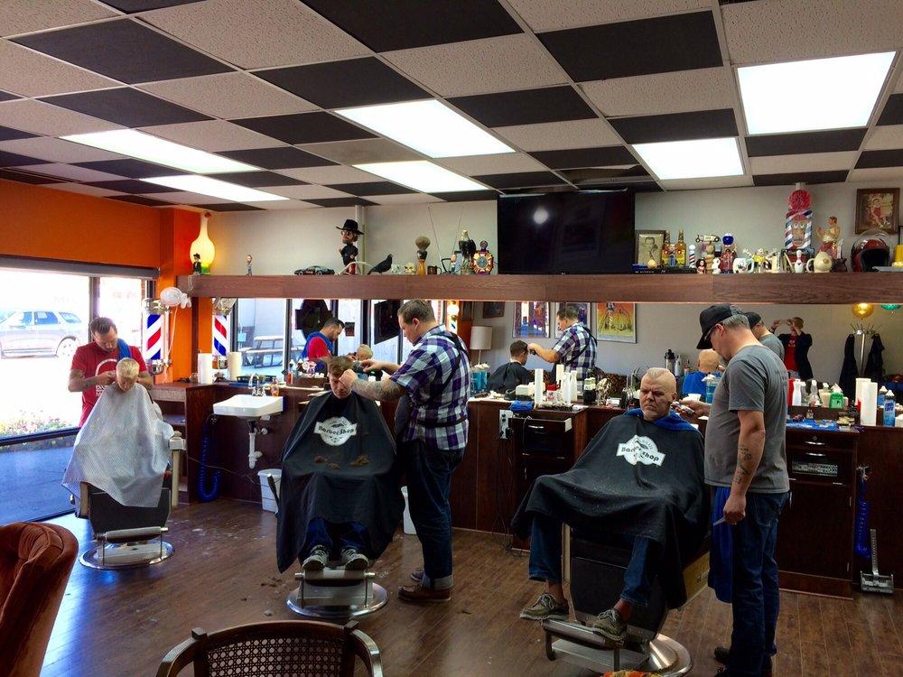 Franklin Plaza Barber Shop: 2701 Beaver Ave, Des Moines, IA