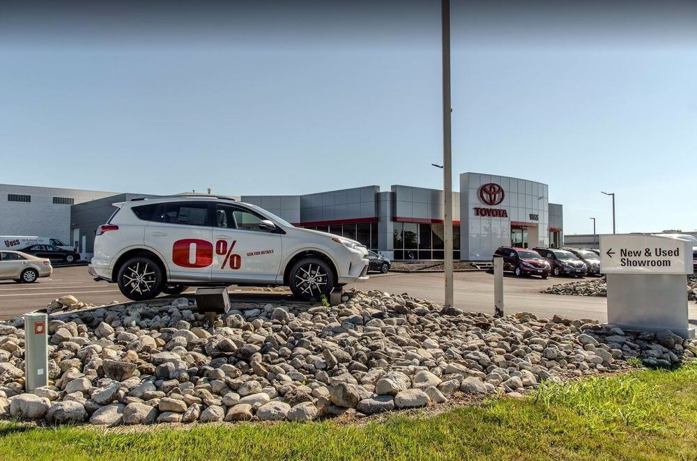 Toyota Dealership Dayton Ohio >> Voss Toyota Car Dealers 2110 Heller Dr Beavercreek Oh Phone