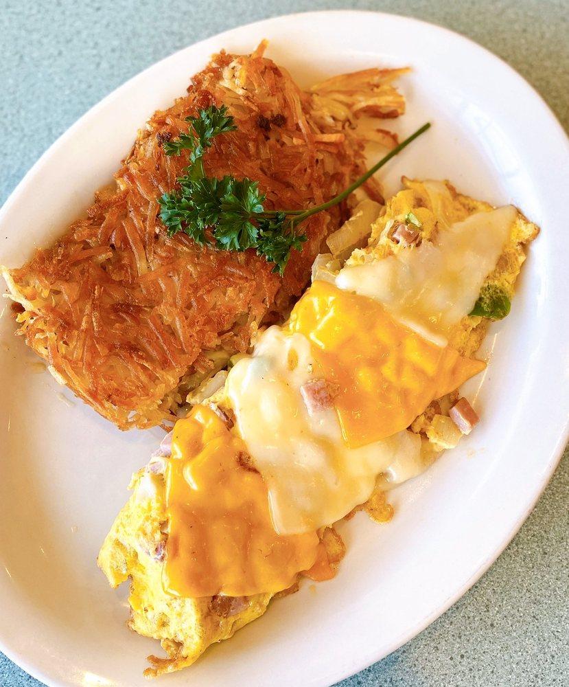 Pegah's Kitchen: 912 S Redwood St, Escondido, CA