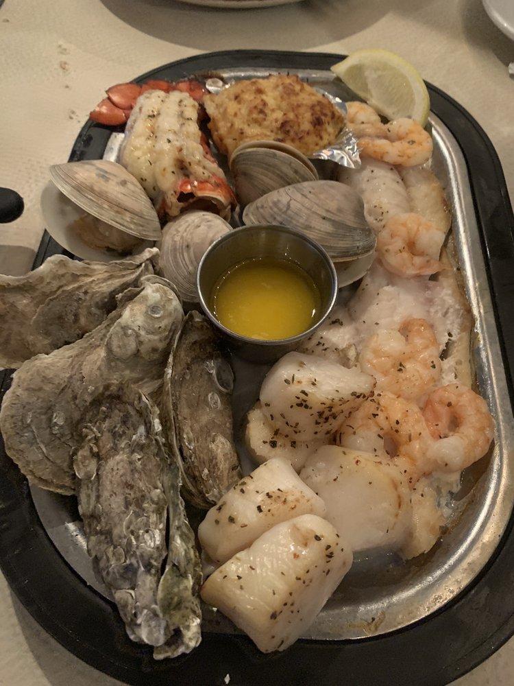 Village Restaurant: 6576 Maddox Blvd, Chincoteague Island, VA