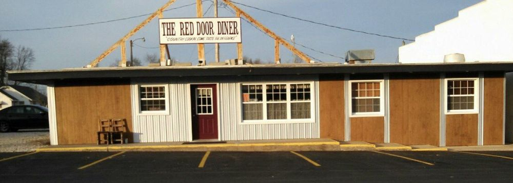 The Red Door Diner: 111 W Adams Ave, Pleasant Hope, MO