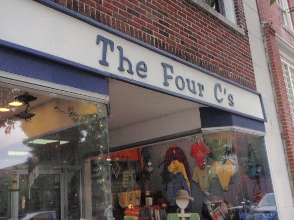 Four C's Coastal Casual Clothing: 252 Middle St, New Bern, NC