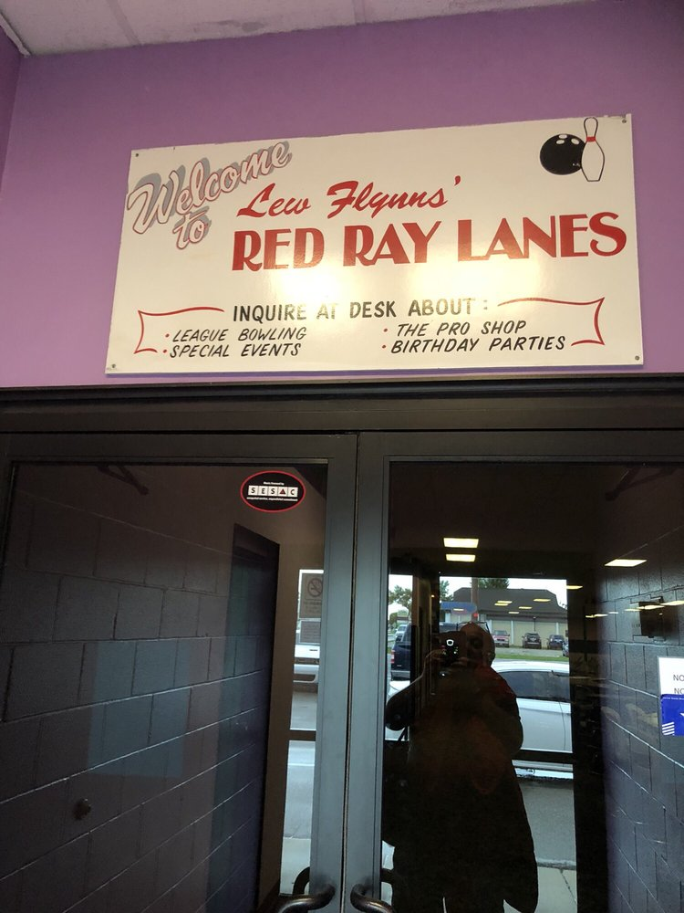 Red Ray Lanes: 2105 S Washington St, Grand Forks, ND