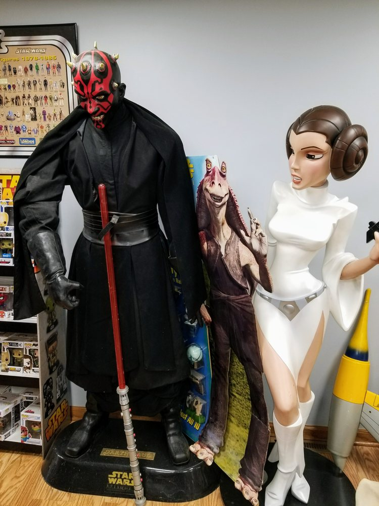 Nowhere Toys: 416 Robbins Ave, Niles, OH