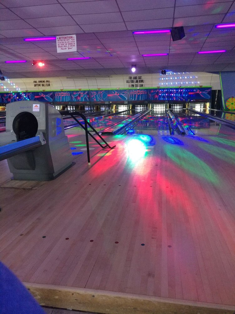 Social Spots from Conway Family Bowl
