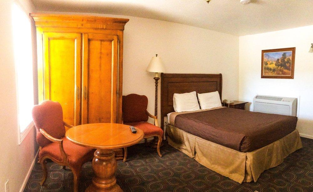 Western Star Inn: 101 Ray Ave, Rifle, CO