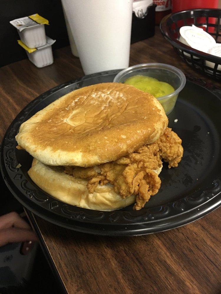 Harbor House Seafood Resturant: 140 E Davis St, Burlington, NC