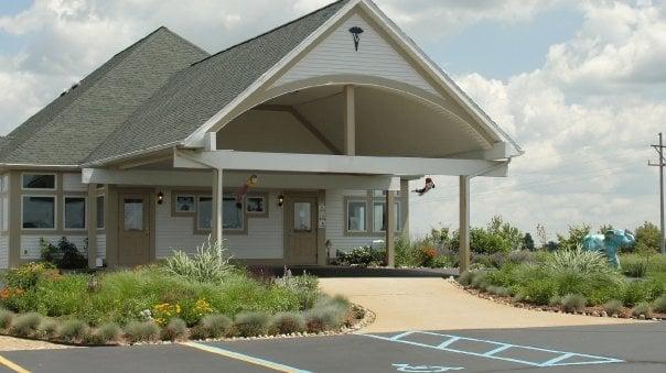 Grass Lake Animal Hospital: 1101 Norvell Rd, Grass Lake, MI