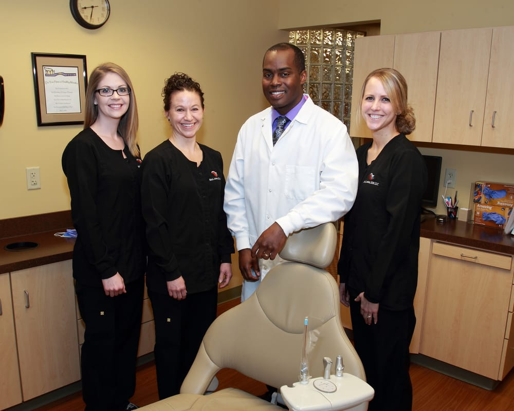 Brian L Amison, DDS: 3684 Dressler Rd NW, Canton, OH