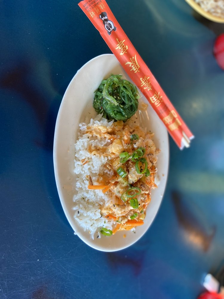 Grills Seafood Deck & Tiki Bar: 500 Glen Cheek Dr, Cape Canaveral, FL