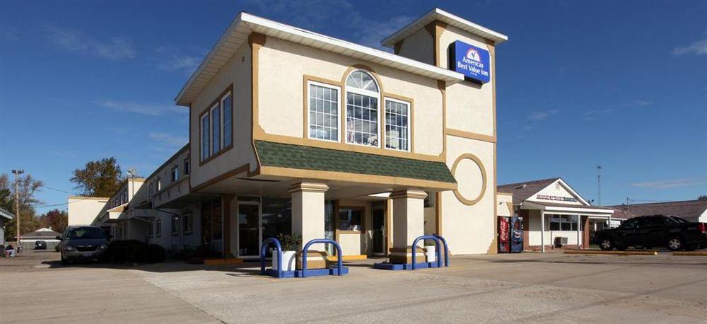 Americas Best Value Inn Macomb: 1414 West Jackson Street, Macomb, IL