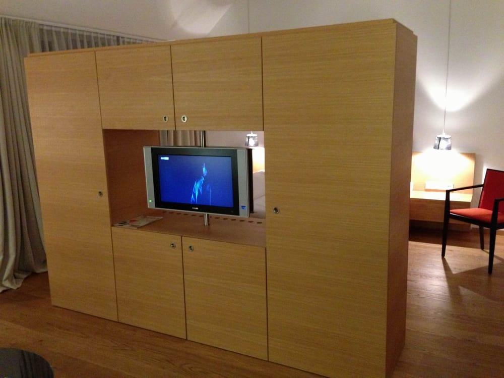 Raumteiler Mit Flat Tv Drehbar Yelp