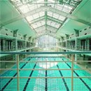 Piscine h bert piscines 2 rue des fillettes 18 me for Piscine 18eme paris
