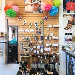 be23b0639fe Plato s Closet Pleasanton - 44 Photos   250 Reviews - Women s ...