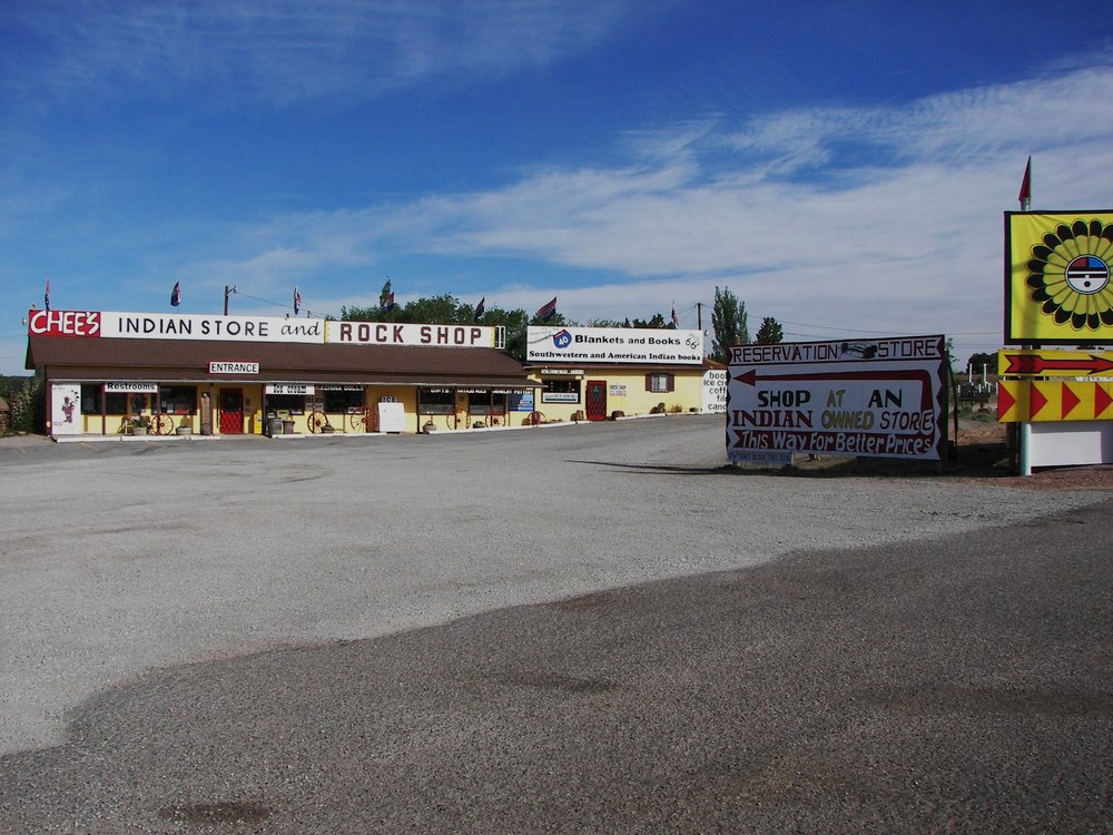 Chee's Indian Store: 35100 1/2 Hwy I40, Sanders, AZ