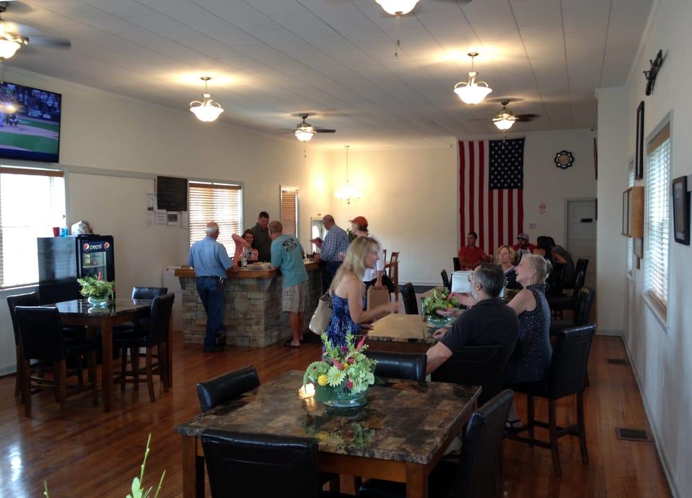 Grindstone Winery: 595 Clinton Ave, Osborn, MO