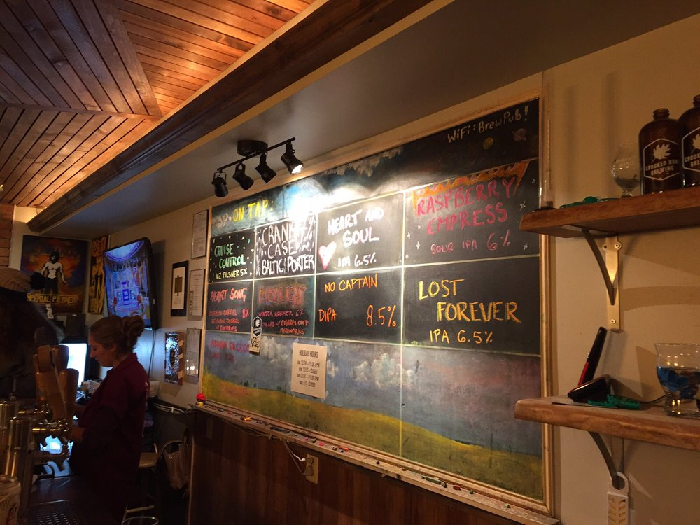 Crooked Run Brewing: 205 Harrison St SE, Leesburg, VA