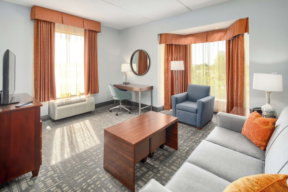 Hampton Inn Louisville-Northeast: 4100 Hampton Lake Way, Louisville, KY