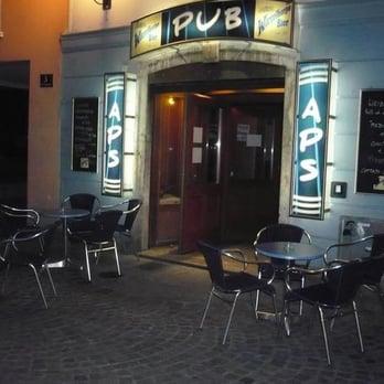 Cafe Bar Arbeit Berlin