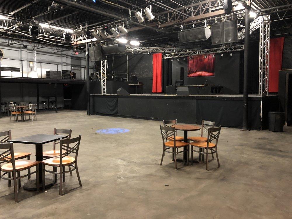 South Street Live Entertainment: 110 E South St, Jackson, MS