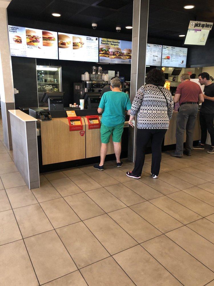 McDonald's: 1616 N Park, Winslow, AZ