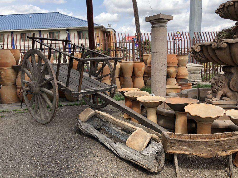 Alamo Pottery: 6030 San Bernardo Ave, Laredo, TX