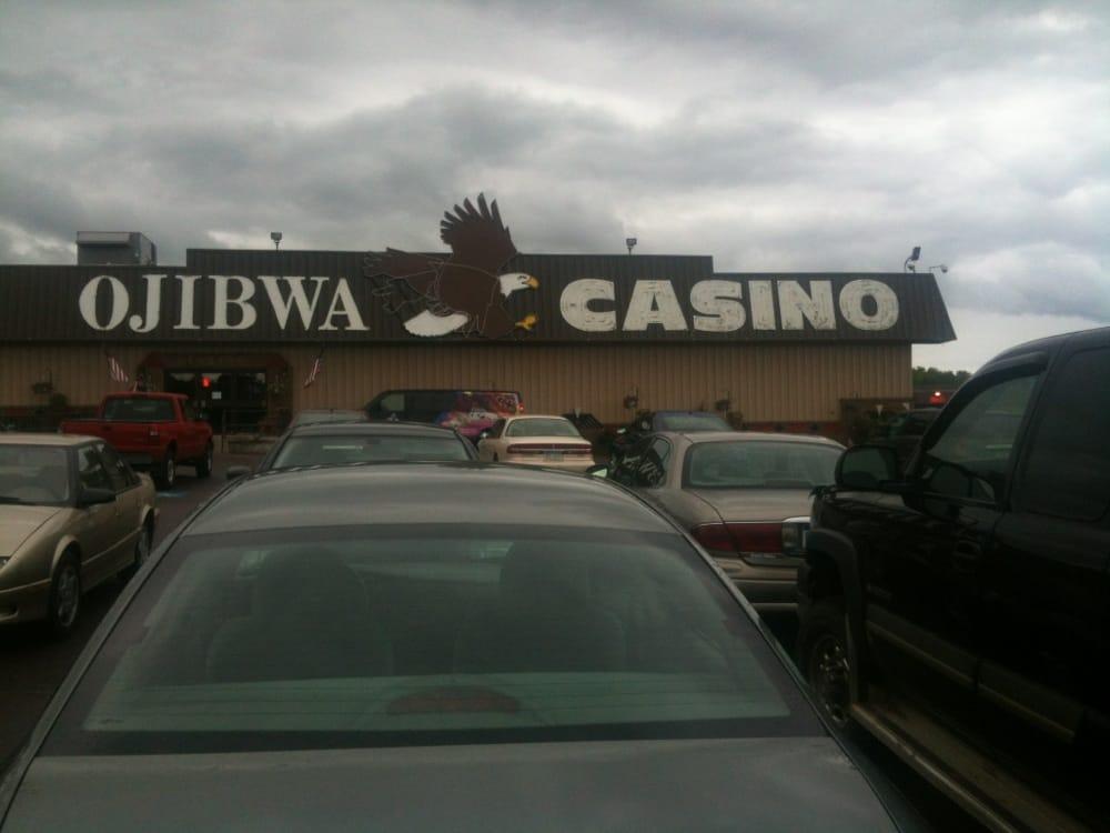 Ojibwa Casino Resort: Ojibwa Lanes & Pressbox, Baraga, MI