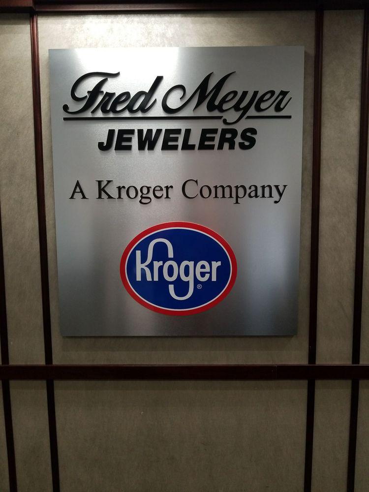Fred Meyer Jewelers: 130 Pavilion Pkwy, Newport, KY
