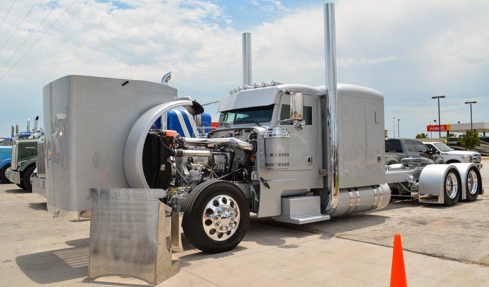 Falls Truck Center: 2303 Old Jacksboro Hwy, Wichita Falls, TX