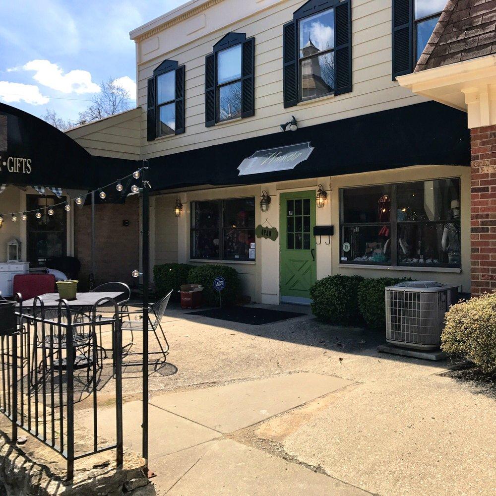 Monera Chic Boutique: 654 Highland Ave, Fort Thomas, KY