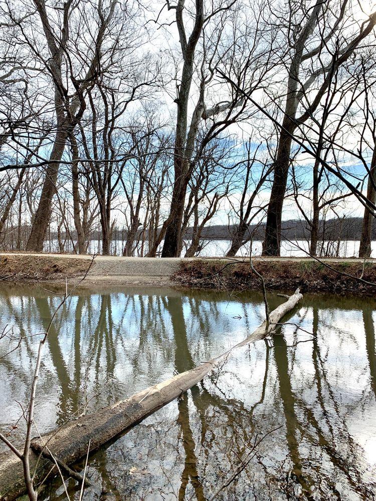 Blockhouse Point Park: 14750 River Rd, Darnestown, MD