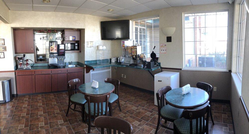 Garden City Inn: 1202 W Kansas Ave, Garden City, KS