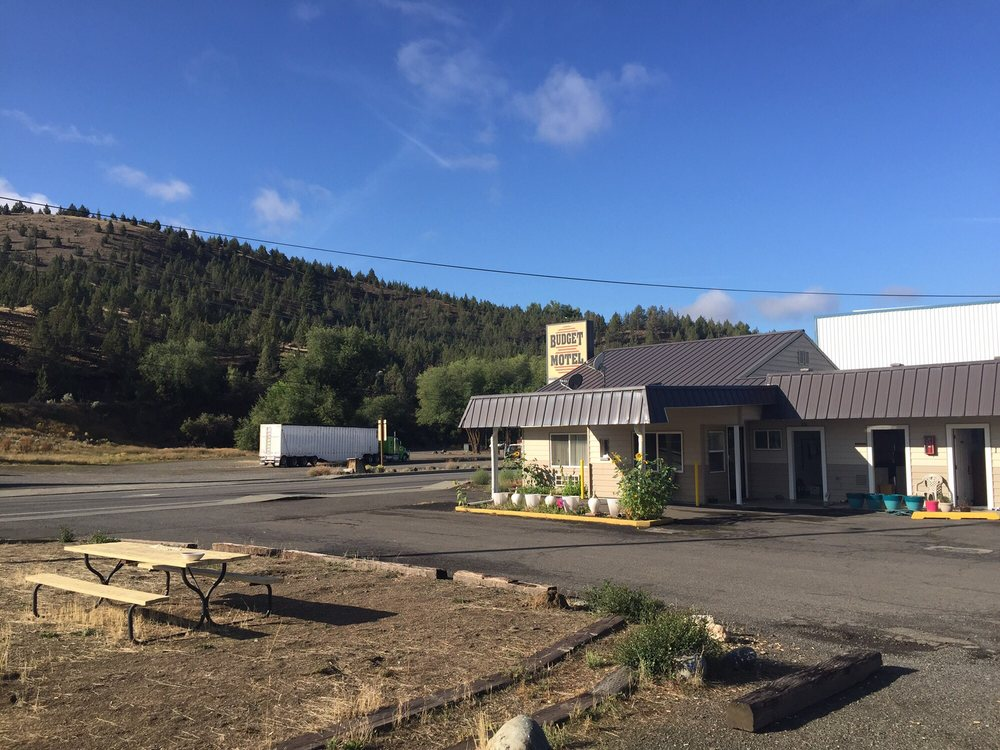 Budget 8 Motel: 711 W Main St, John Day, OR