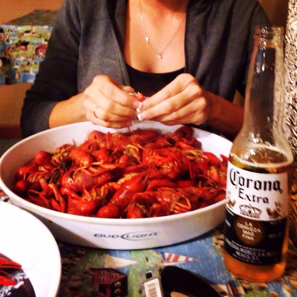Crawfish Capitol Sales & Restaurant: 8207 N Hwy 62, Orange, TX