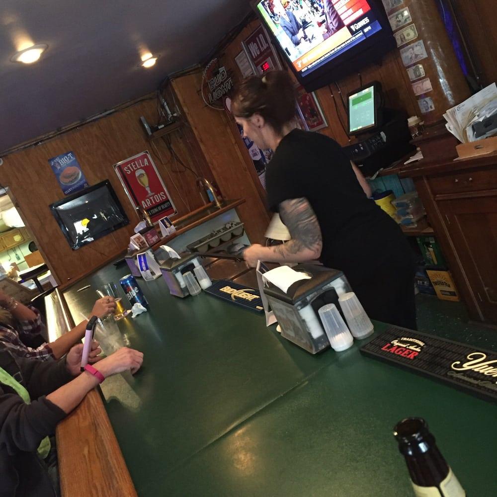 Waldo Sports Bar & Grill: 306 S Marion St, Waldo, OH