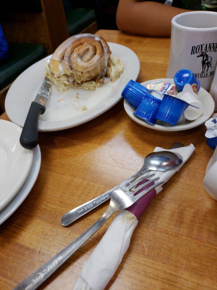 Roxanne's Cafe