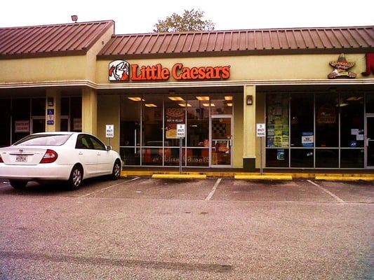4 reviews of Little Caesars Pizza